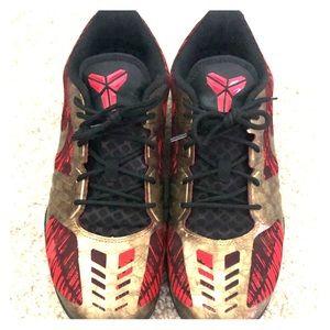 "Nike Kobes ""Iron Man"" Size 11"